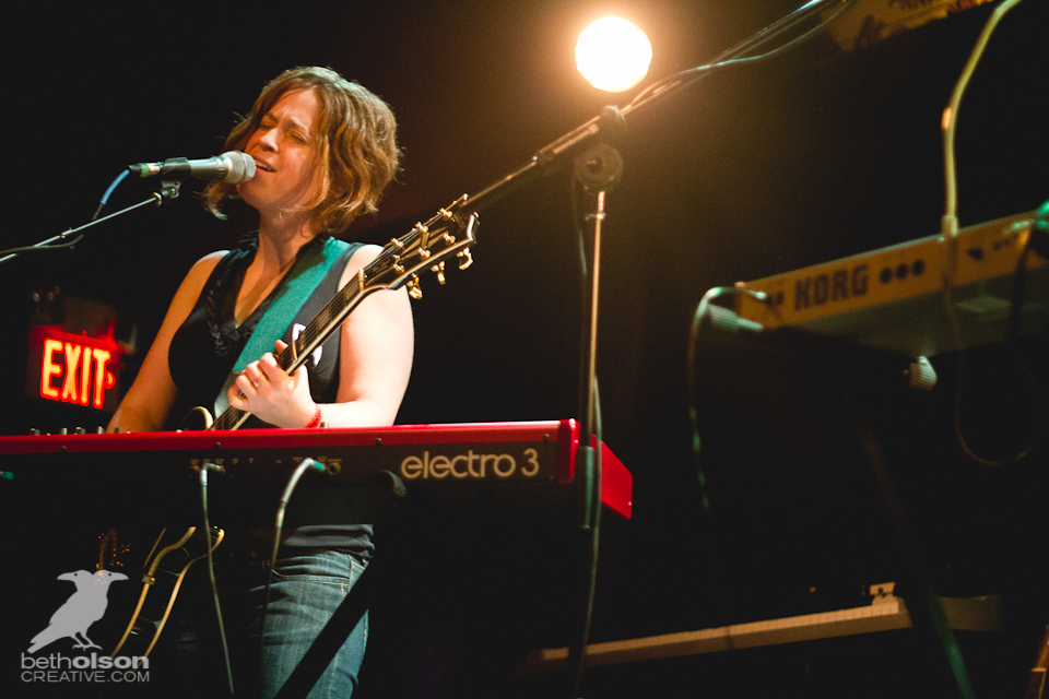 Photos: Lemolo, Sara Jackson-Holman & The Cabin Project