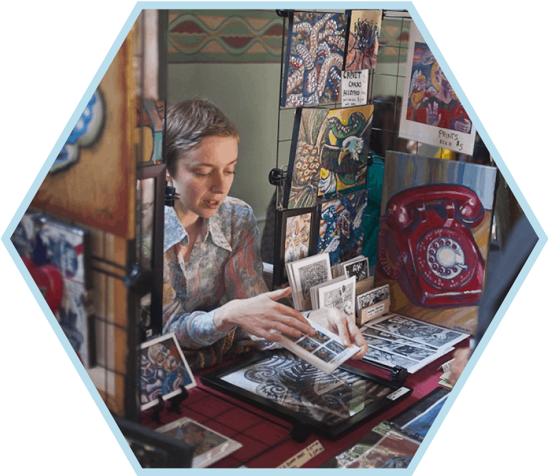 woman-in-craft-booth